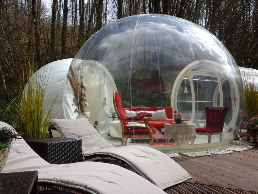 bulle transparente nuit en bulle nuit insolite. Black Bedroom Furniture Sets. Home Design Ideas