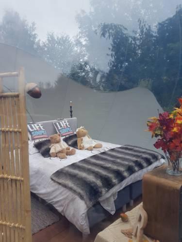 oxubulle week end et nuit insolite belgique. Black Bedroom Furniture Sets. Home Design Ideas