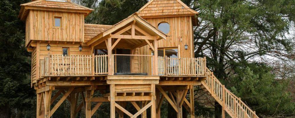 Week-end insolite en famille, cabane dans les arbres, cabane sur l'eau, comment choisir ?